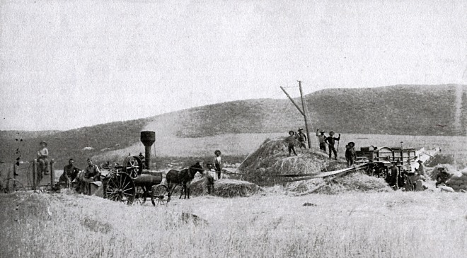 Threshing crew 1888